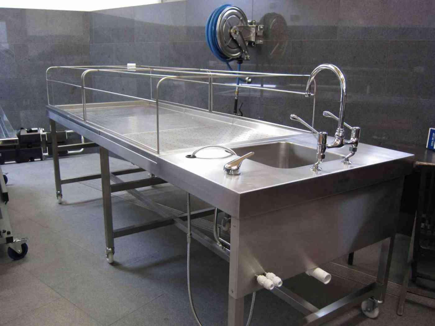 Ghusl Table, Islamic Mortuary Equipment, Muslim Washing Table